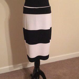 LulaRoe Black and White pencil skirt, Size XL